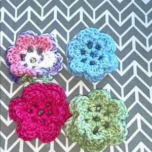 4 Hand Crafted Dog Crochet Collar Flowers 🌸